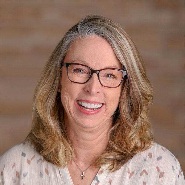 Lynne Lutz